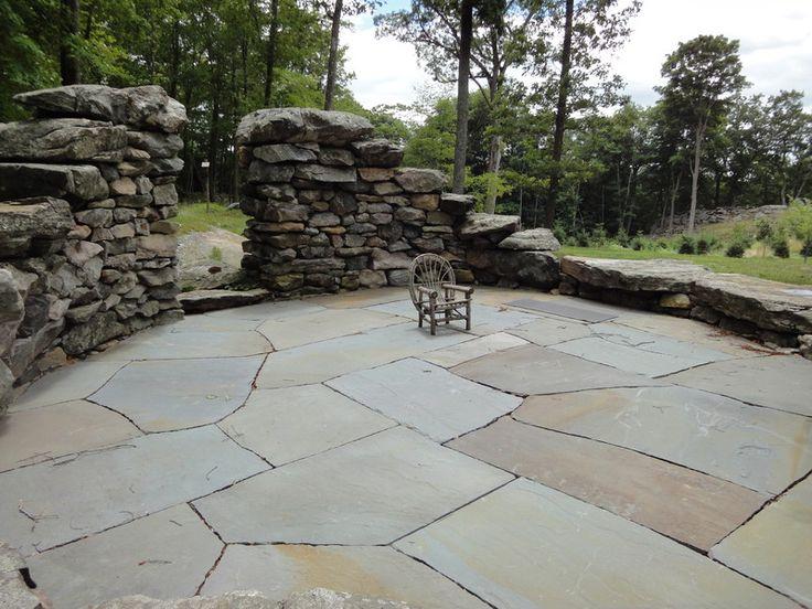 Irregular flagstone ginormous bluestone natural cleft finish paving pinterest patio - Houses large patios ...