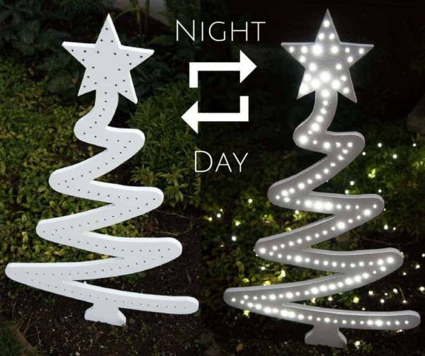 DIY Woodworking Ideas Light up your yard with this DIY Christmas tree yard decoration! #christmasdecor...