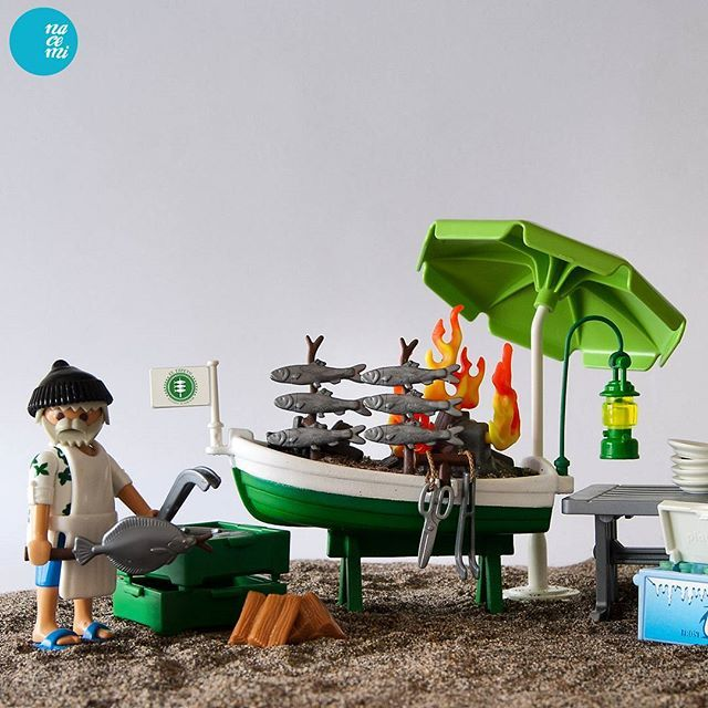 El Espeto, luxury beach bar. #playmobil #custom #chiringuito #playclicks #playmobillovers  #playmobilphotography #instaplaymobil