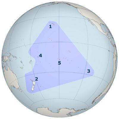 Polinezja wyspy :  1-Hawaje; 2-Nowa Zelandia; 3-Wyspa Wielkanocna; 4-Samoa; 5-Tahiti (Polinezja Francuska)  – Wikipedia, wolna encyklopedia
