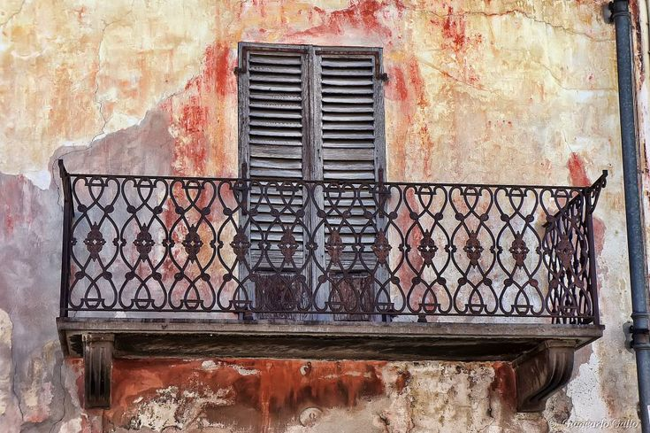 Old balcony  by Giancarlo Gallo