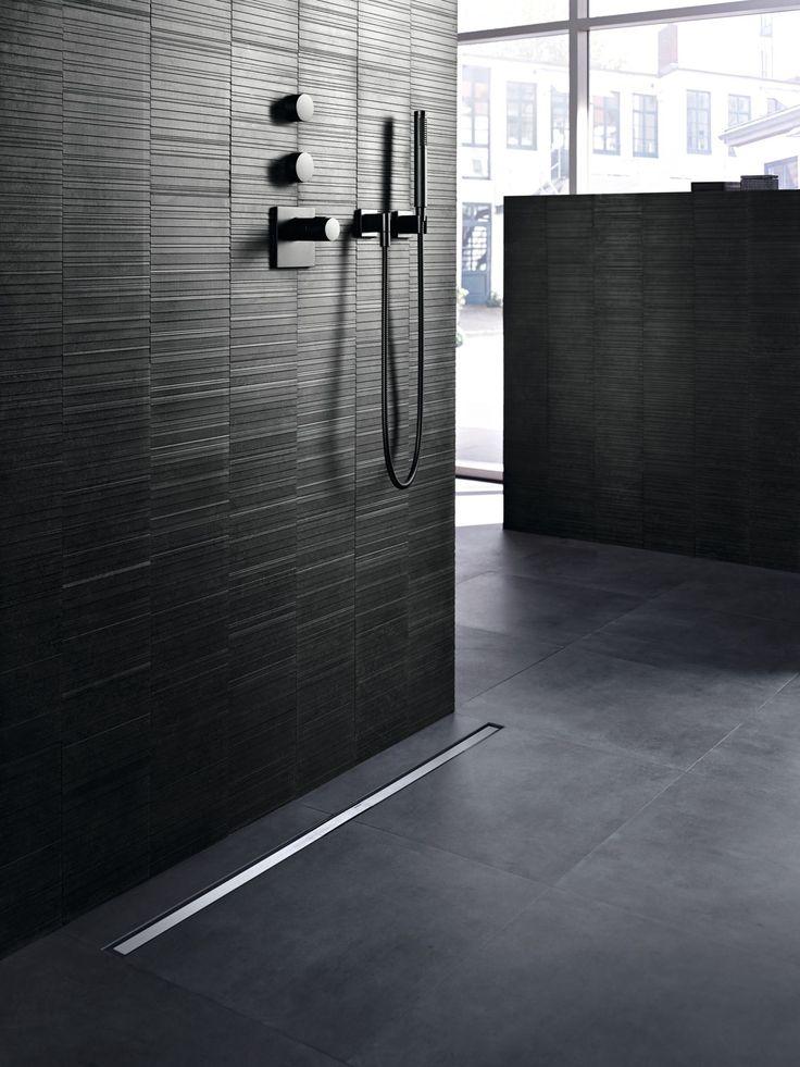 Geberit CleanLine duş kanalı şıklığının yanında temizlik açısından da kolaylık sağlar.
