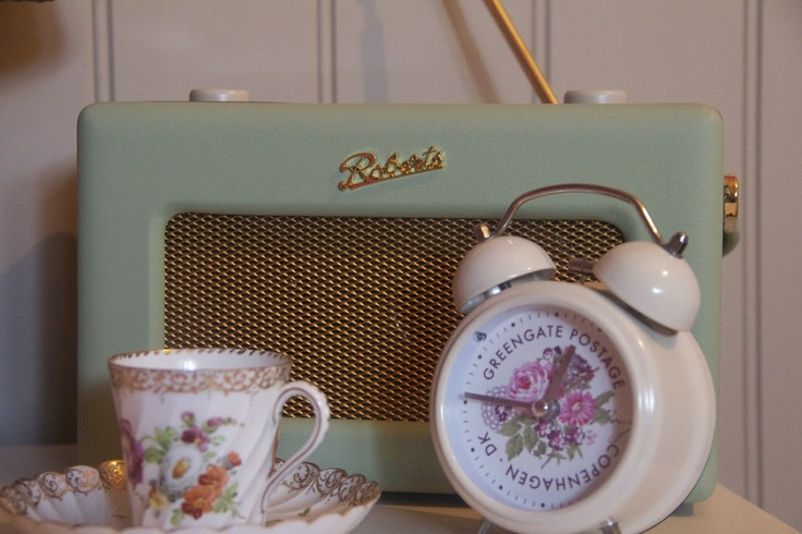 Ailie Williams: Roberts Radio