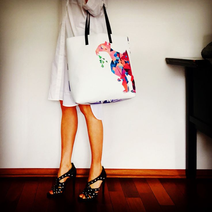 Tote bag with the Gray Flamingo graphic print by kulik