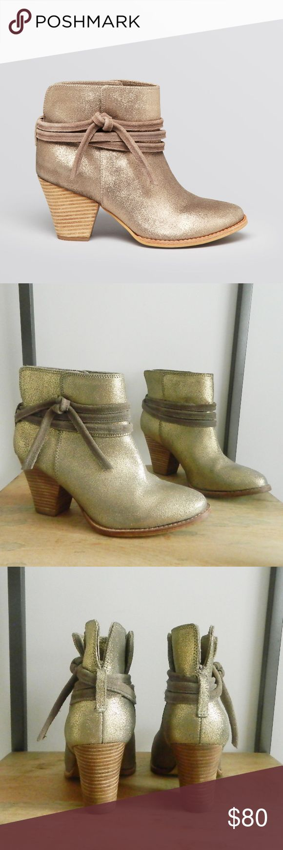 """Splendid Leather Gold Rio Grande Metallic Booties In excellent pre-owned condition Splendid booties. Size 8. Upper leather. Faux stacked 3"""" heel. Very cute, trendy and versatile booties, can be worn with jeans or a dress. No trades. Open to reasonable offers. Happy Poshing! Splendid Shoes Ankle Boots & Booties"""