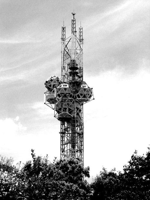 kiyonari kikutake - landmark tower, osaka expo, japan, 1970    Archigram: inventiveness, freedom, imagination,     Metabolists: realistic, functional ...
