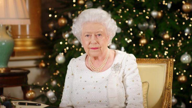A Rainha de Inglaterra irá partilhar memórias da sua coroação, em 1953, bem como da coroação do seu pai, Jorge VI, em 1937, num documentário da BBC. O programa irá ainda explorar as jóias da coroa. http://observador.pt/2018/01/03/isabel-ii-fala-da-sua-infancia-e-coroacao-em-documentario-da-bbc/