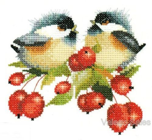 Heritage-Valerie-Pfeiffer-Counted-Cross-Stitch-Chart-BERRY-CHICK-CHAT-775