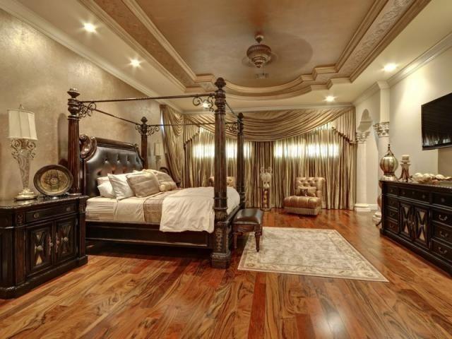 LUXURY WOOD FLOOFS | Luxury Bedroom With Wood Flooring | Beautiful Bedrooms