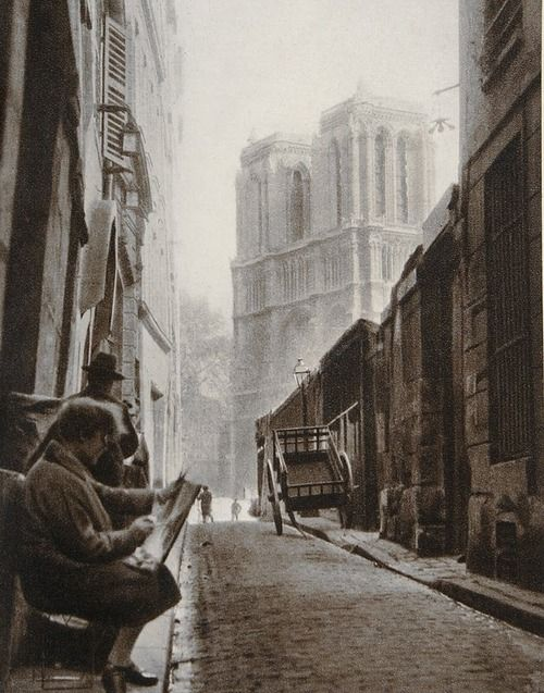 Germaine Krull Painter in Rue St Julien-le-Pauvre, Paris, 1928
