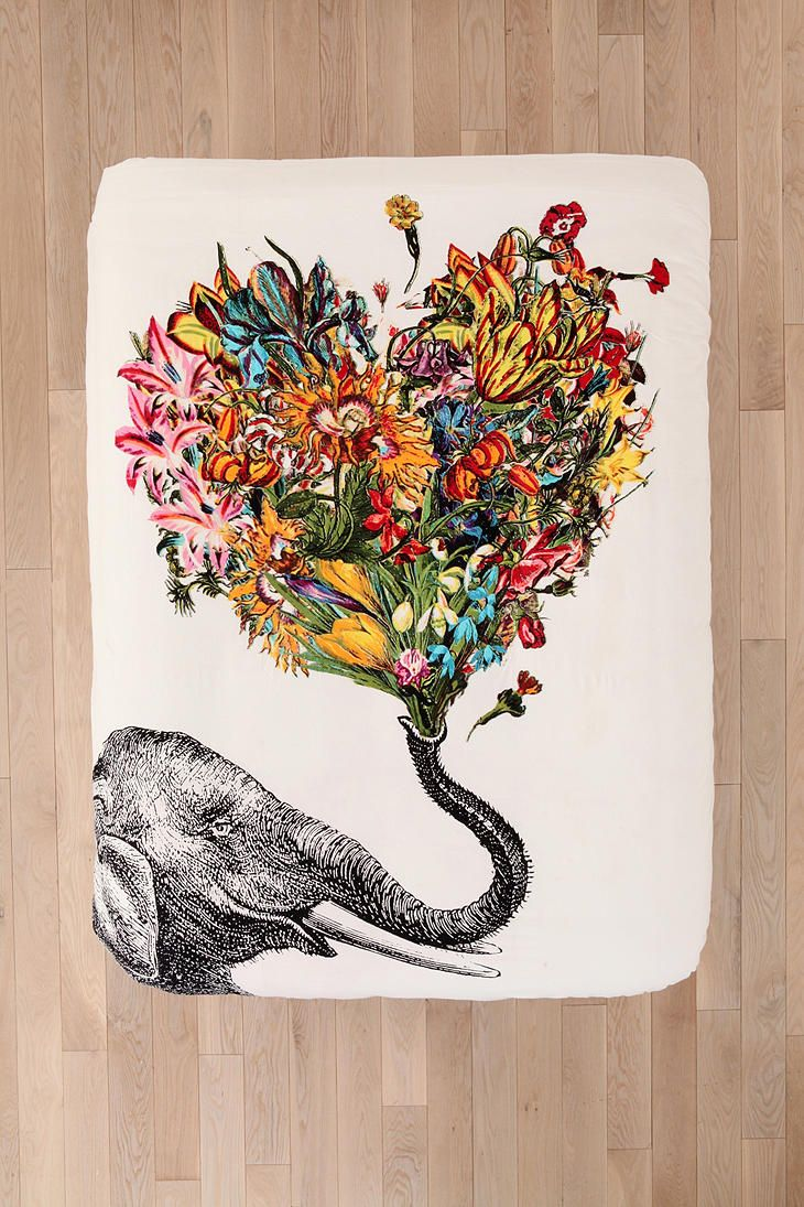 RococcoLA Happy Elephant Duvet Cover, an elephants trunk up in the air represents good luck