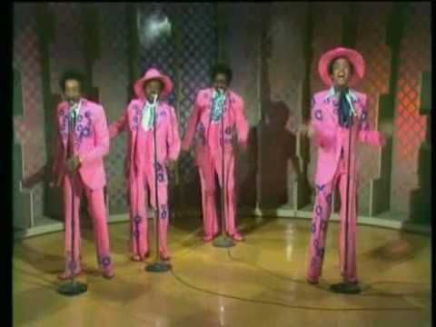 The MIRACLES - Love Machine/Do It Baby http://youtu.be/fGXSRISBu3Y