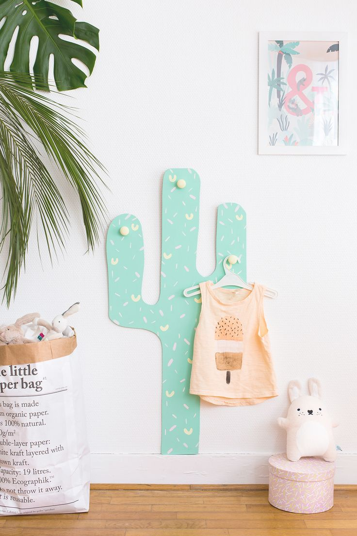 DIY Cactus hooks hanger for kids ◊ Carnets Parisiens