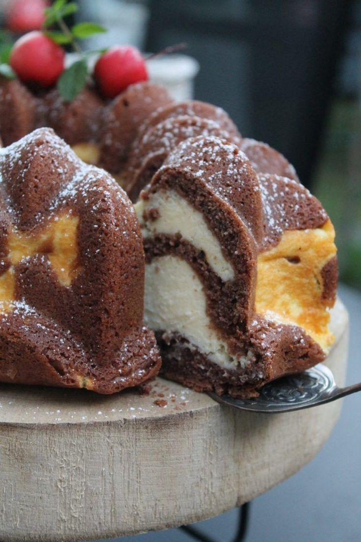 Saftiger Fleckchen-Gugelhupf   cuplovecake #schokokuchen Saftiger Fleckchen-Guge… – Hadi