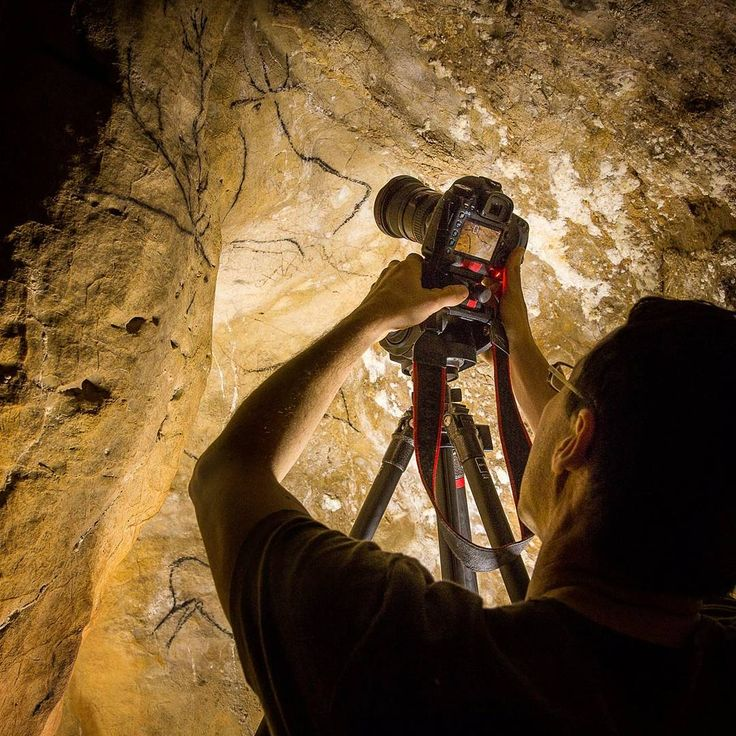 Working on the @ancientartarchive photographing 14,000 year old reindeer drawings in a cave in Cantabria. Follow the link in my profile to go to the Archive website. The News section brings you up to date on what we are doing. #ancientartarchive