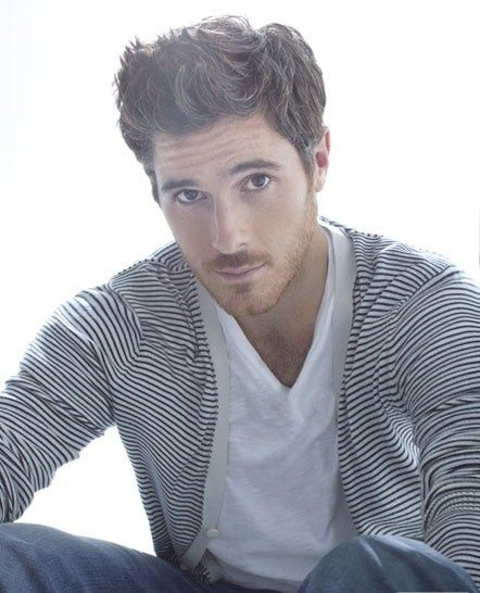 Dave Annable BROTHERS & SISTERS (: