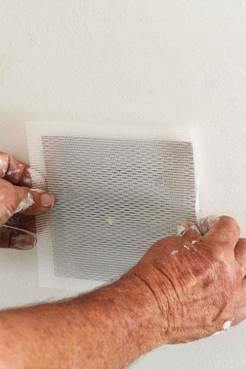 How To Patch A Hole In Drywall Or Plaster Walls Apartment Therapy