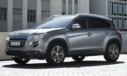#Peugeot #4008. Alliance du style et de la robustesse. Compact et maniable, c'est un 4x4 à l'aise sur tout type de terrain qu'en usage urbain.
