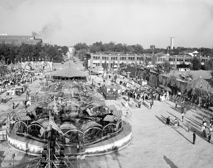 Midway; Michigan State Fair - Detroit - Date 9/4/1936