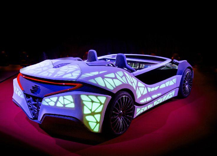 Τεχνολογία: Tα δικτυωμένα οχήματα σε προσωπικούς βοηθούς