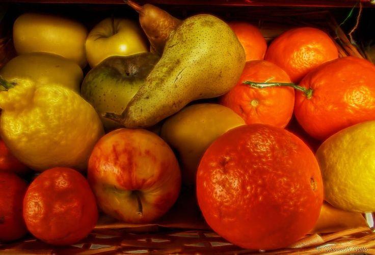 A fruit basket by Giancarlo Gallo