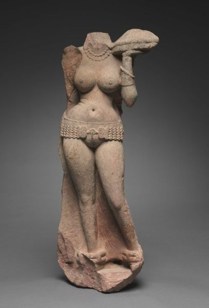 Standing Yakshi, 2nd century Northern India, Mathura , Kushan period (1st century-320)