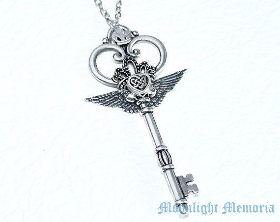 Sailor+Moon+Necklace+++Sailor+Moon+Eternal+by+MoonlightMemoria,+$30.00