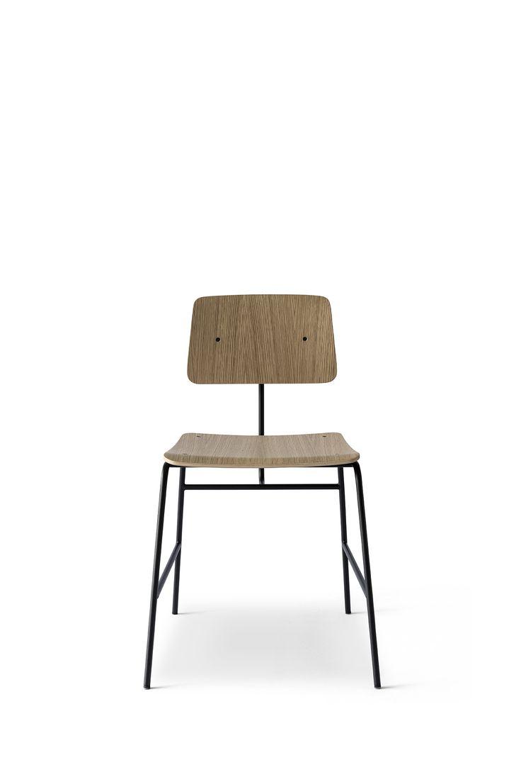 Nothing to hide - Sincera Chair in matt lacquered oak // Bent Hansen