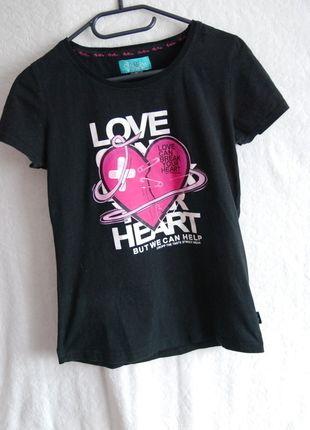 Kup mój przedmiot na #vintedpl http://www.vinted.pl/damska-odziez/koszulki-z-krotkim-rekawem-t-shirty/13991231-czarna-koszulka-cropp