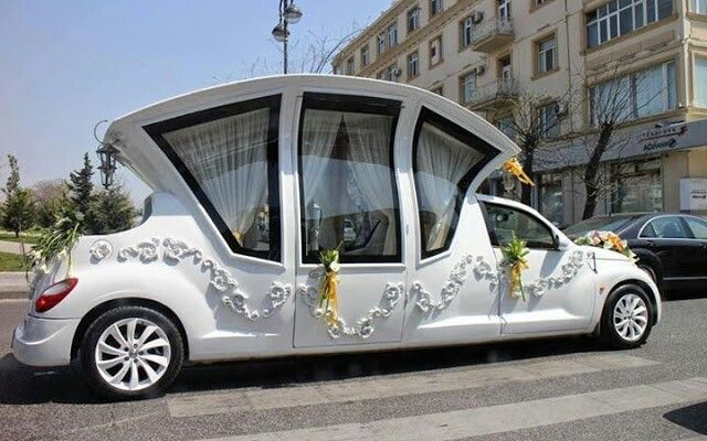 beautiful wedding carriage car wedding renewing vows