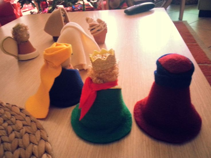 Little pots felt Nativity diy