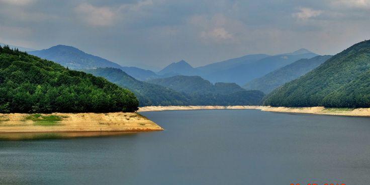 Barajul şi Lacul de Acumulare Valea lui Iovan