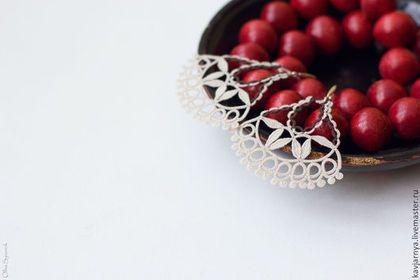 """Decorazioni di nozze fatti a mano.  Fiera Masters - orecchini in pizzo fatti a mano """"bacche dolce inverno"""", chiacchierino.  Handmade."""