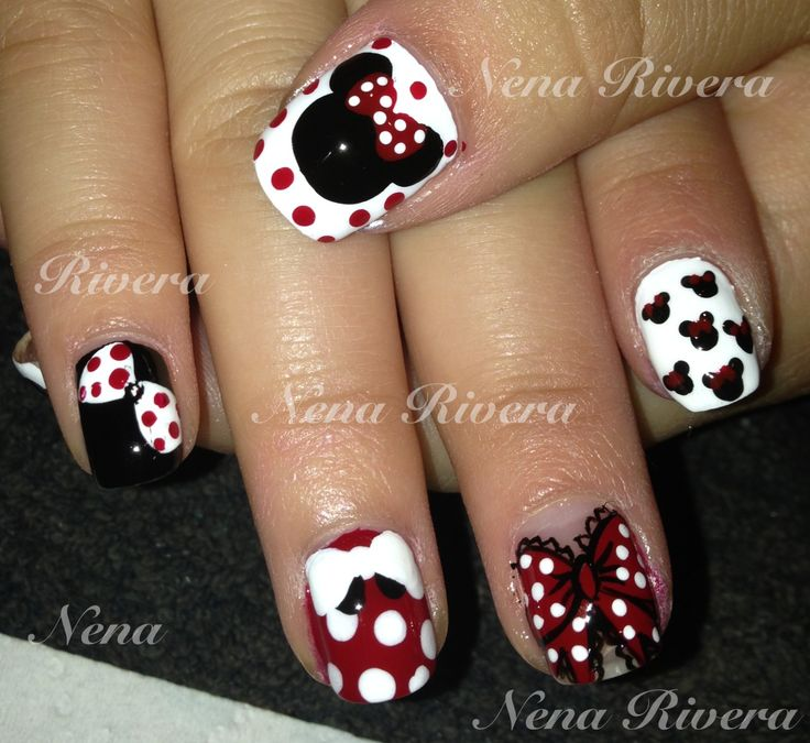 Minnie Mouse Nails: 17 Best Images About Minnie Y Mickey Nails On Pinterest