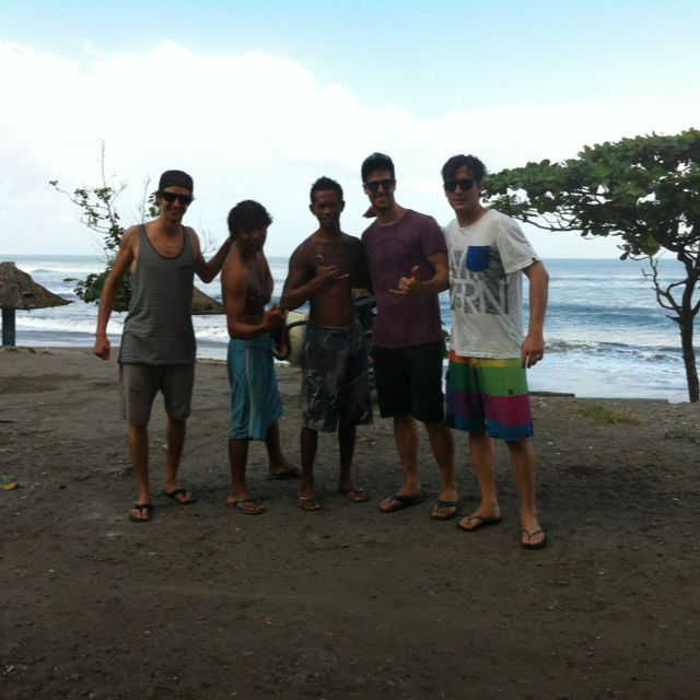 Fantastic Surf session at Kedungu Surf spot of Bali island. http://www.balisurfwaves.com/