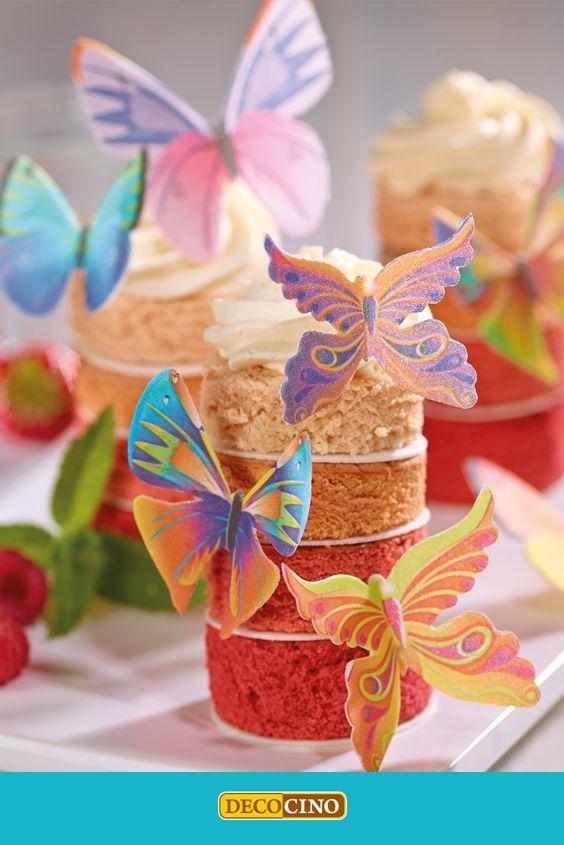 Minitörtchen mit essbaren DECOCINO Schmetterlingen aus Oblatenpapier dekorieren. Das Rezept gibt´s auf der Webseite www.decocino.com