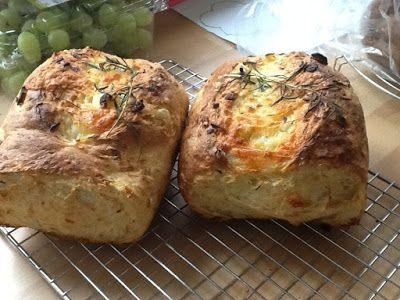Uit mijn keukentje: Kaas-uienbrood