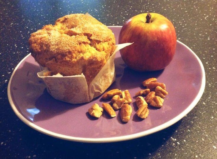Fusion with love. My broken kitchen.: Muffin con mele noci pecan e top croccante alla ca...
