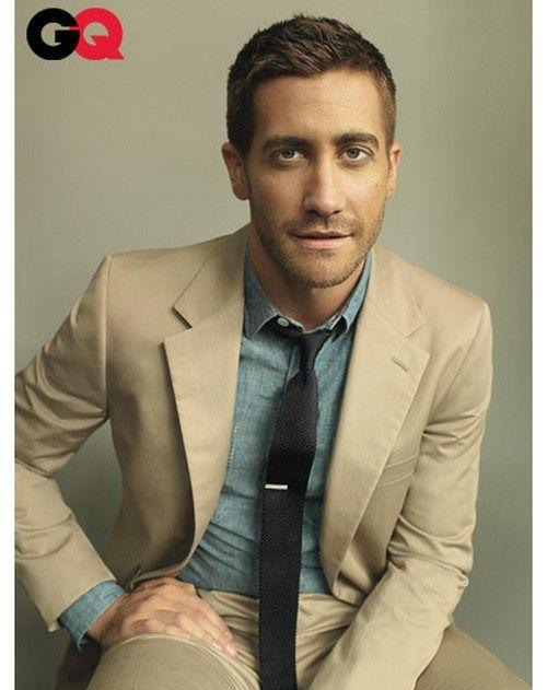 25  best ideas about Khaki suits on Pinterest | Men in suits, Navy ...