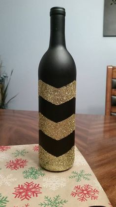 Check out this item in my Etsy shop https://www.etsy.com/listing/215905674/chalk-painted-wine-bottle-with-chevron