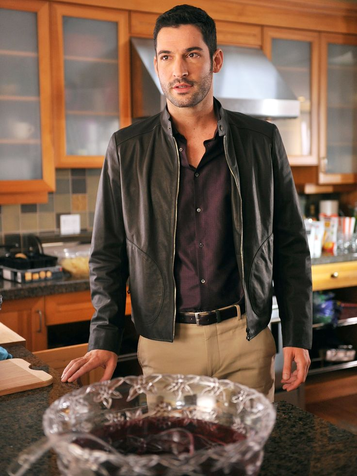I LOVE THE BEAUTIFUL TOM E.!!!: Rush's Tom Ellis: 5 Things to Know About USA's Sexy New Star