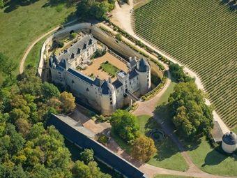 Château de Brézé en Anjou - visite insolite en Val de Loire et souterrains troglos - #Anjou #Loire #Valdeloire