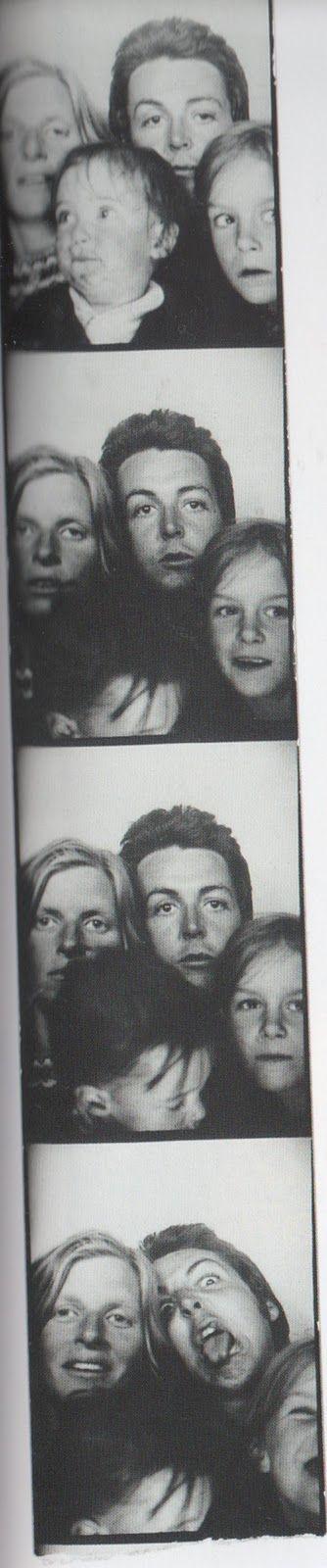 Paul McCartney, Linda Eastman-McCartney and their children (Funny Faces)