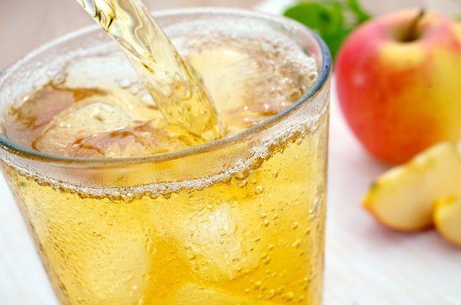 Pití Ty před spaním vám pomůže spálit břišní tuk