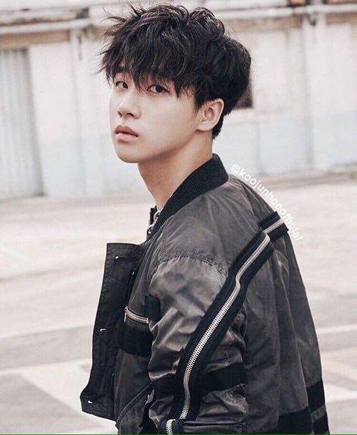 kpop, Ikon and jinhwan image on We Heart It