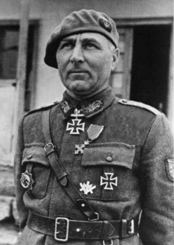 ■ Generalul de brigadă Leonard Mociulschi (Rumania)