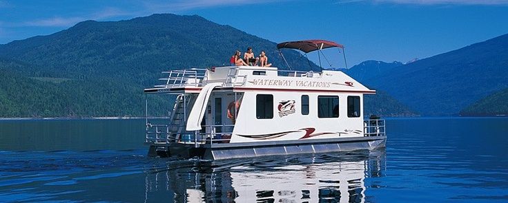 Shuswap Lake house boat rentals. Can't wait for this summer!!