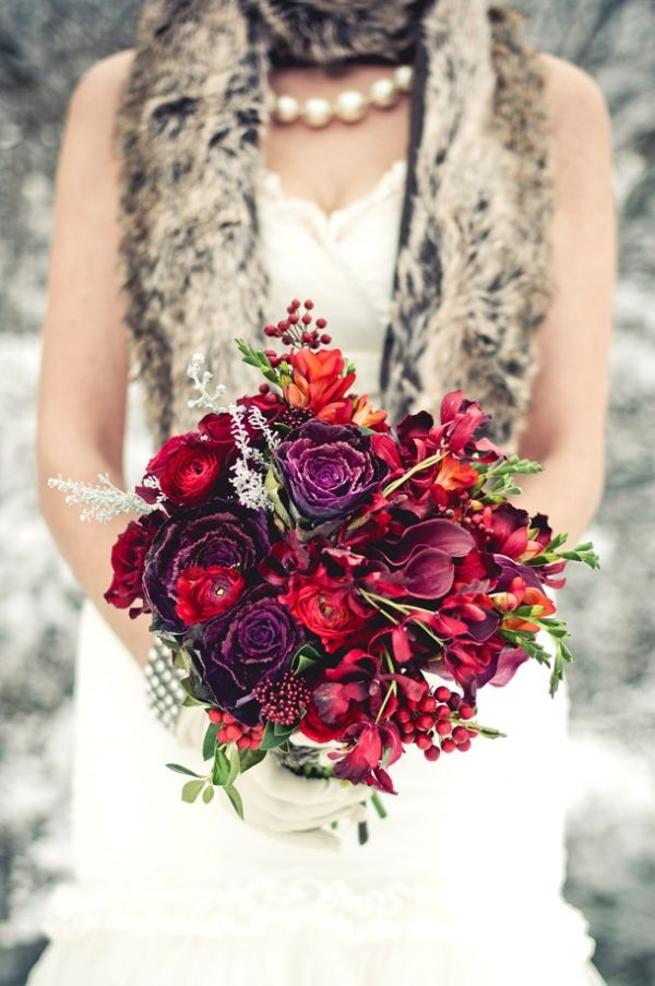 Now that's what I'm talking about! My kind of red bouquet - texture, texture, texture!!! Roses, ranunculus, freesia, berries... beautiful. by Rachel A. Clingen Wedding & Event Design