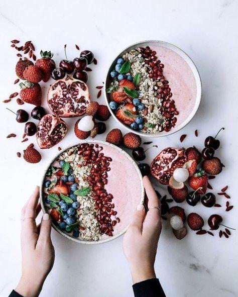 la recette de smoothie en bol ultra vitaminée, une jolie présentation de smoothie