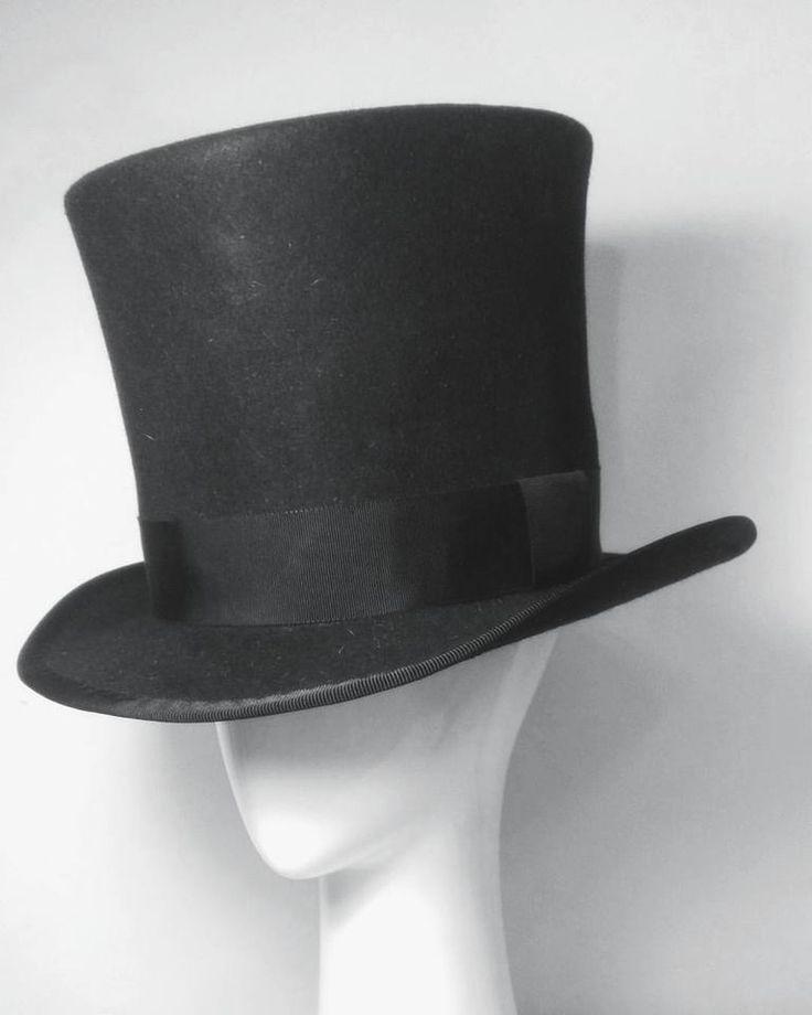 Top hat - Spring Awakening Hat by Lauren J Ritchie Design by RCherie